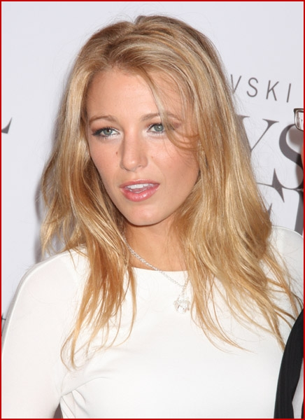 blake lively hair gossip girl. http://www.stylelist.com/2009/11/12/how-to-get-blake-lively-hair-gossip-girl